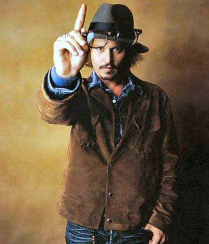 Johnny Depp Fashion Icon - He Knows how to dress  (15)