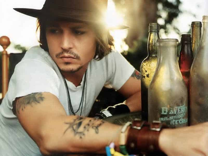 Johnny Depp Fashion Icon - He Knows how to dress  (16)