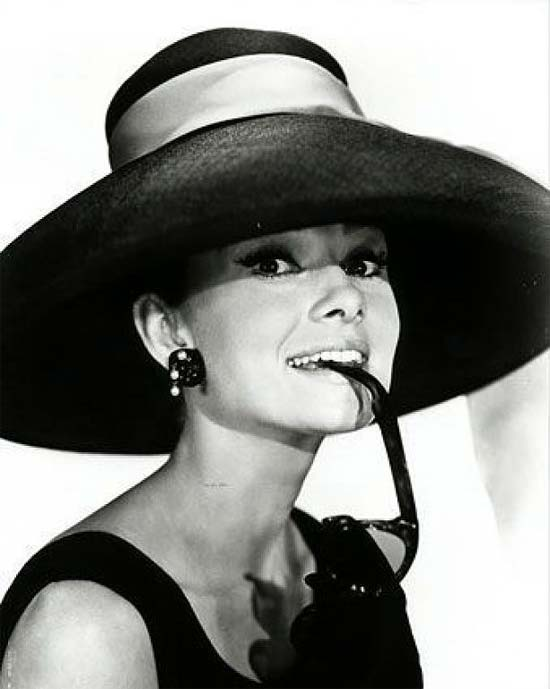 audrey hepburn chic style with an elegant fashion flare