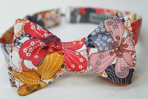 women-floral-bow-tie
