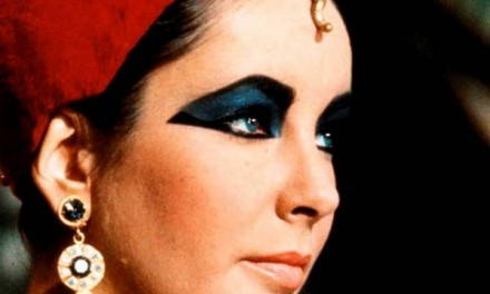 Elizabeth Taylor Fashion Icon – Hollywood's Most Alluring One