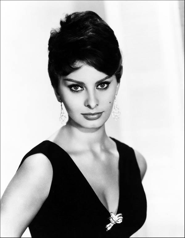 Sophia Loren - La Bella Fashionista (2)