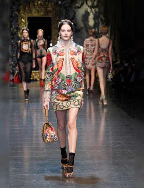 Dolce & Gabbana - Opulent Womens Lace Fashion 2013 (18)