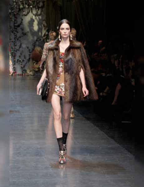 Dolce & Gabbana - Opulent Womens Lace Fashion 2013 (19)
