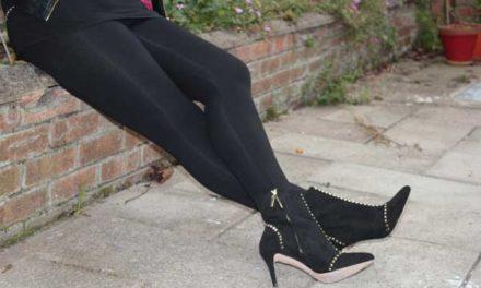 Venus Cow Leggings – The Perfect Black Leggings