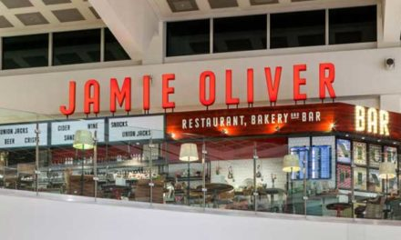 Jamie Oliver – Interview With Gatwick Airport Staff