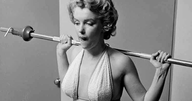 Marilyn Monroe – The Power Of Being Fashionably Beautiful