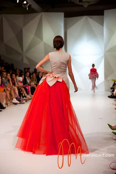 emerging fashion market uae The uae maintained its position as the third-best logistics centre among 50 emerging markets surveyed by the dubai-listed logistics firm agility, which plans new investments in the country.