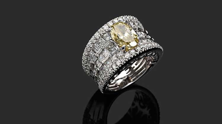 Diamond Rings – In A Rich Man's World
