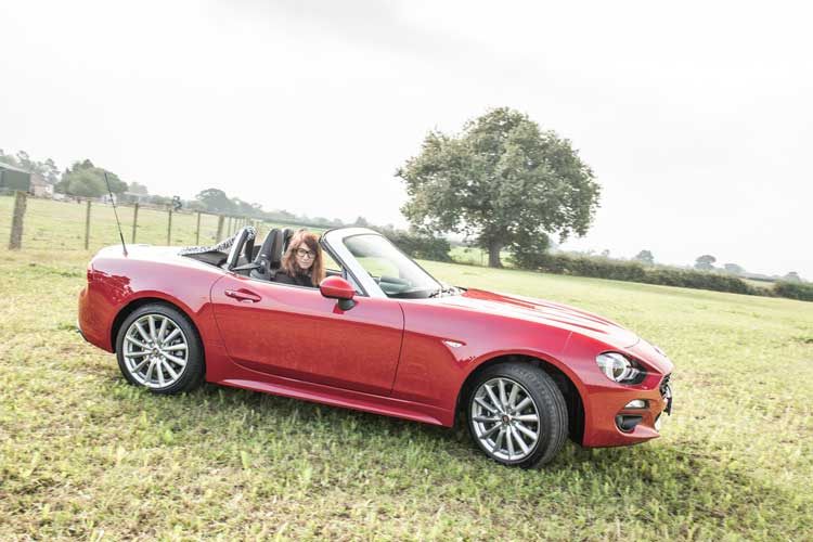 fiat124-spider-gracie-opulanza-for-menstylefashion-car-review-24