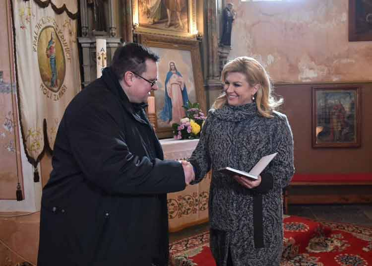 kolinda-grabar-kitarovic-crotia-president-wearing-knitwear-by-mihaela-markovic-jpg-3