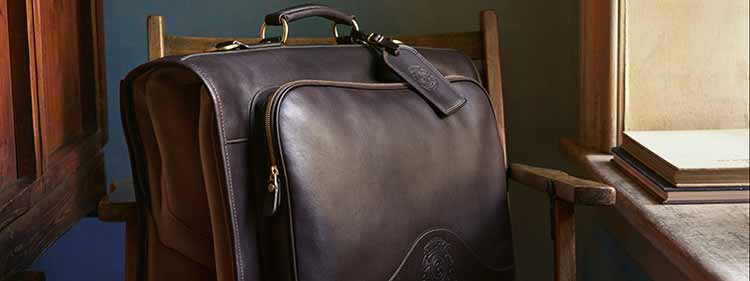 leather-travel-bags-and-suitcases-1