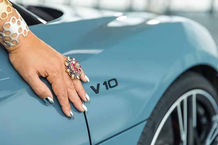 Versace ring Gracie Opulanza AudiR8 V10 Germany 2019