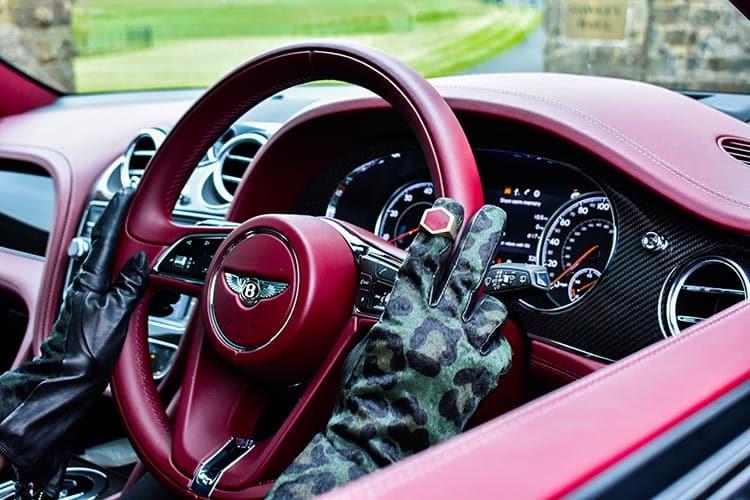 Bentley Bentayga SUV V8 Gracie Opulanza 2019