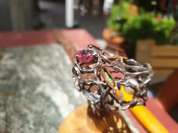 Beatrice Pieron Lube - Avant Garde Jewelery