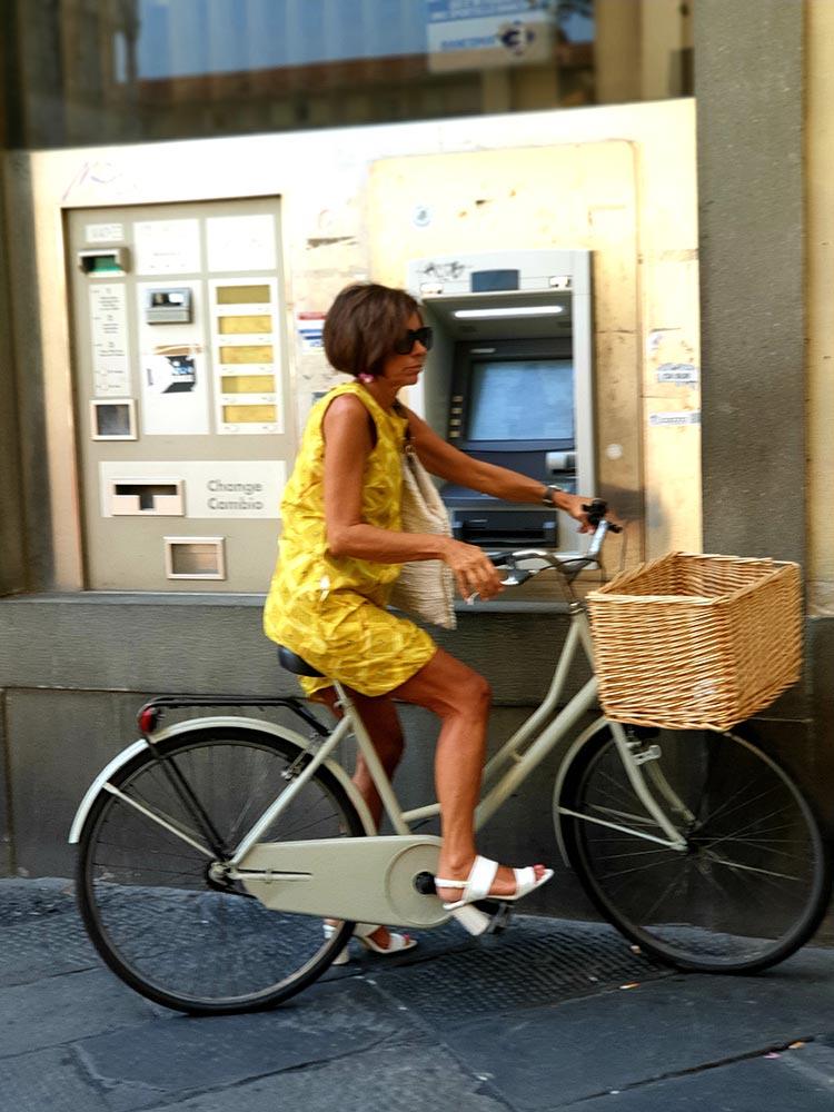 Italian Women - Turning Sixty Street Style Tips